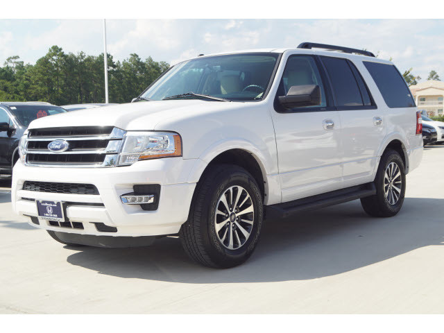 Pre-Owned 2016 Ford Expedition XLT