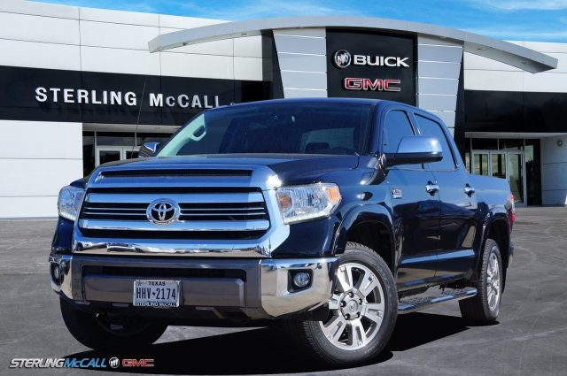 Pre-Owned 2016 Toyota Tundra 4WD Truck CrewMax 5.7L FFV V8 6-Spd AT Platinum