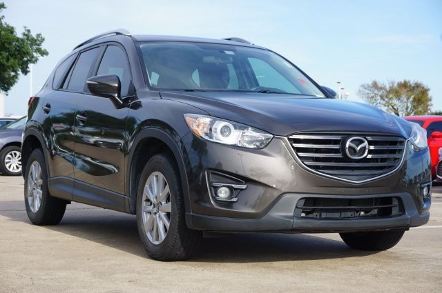 Pre-Owned 2016 Mazda CX-5 GS
